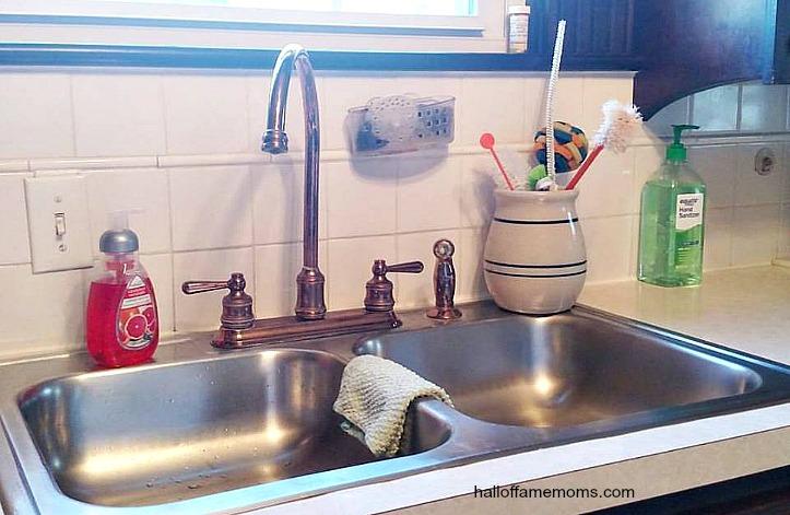 See my Kitchen (VIDEO) – Kitchen Tour Collab