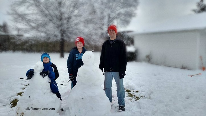 30 Ways to Have Fun this Winter with the Family – Winter Bucket List